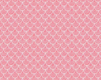 A Merry Little Christmas Scallop Pink by Zoe Pearn for Riley Blake, 1/2 yard fabric