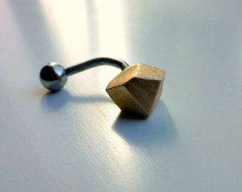 Minimal facet belly button jewelry