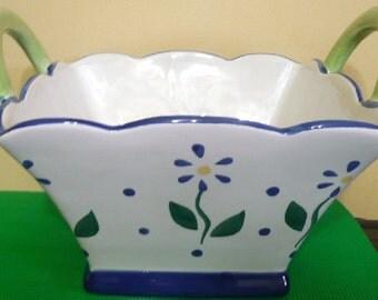 Pfaltzgraff Cloverhill Floral - Blue Daisy - Sculpted Ceramic Basket with 2 Handles - Read Description