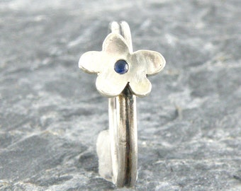 Blue Sapphire Stacking Ring in Sterling Silver, Tiny Flower Stackable Ring Gift For Teens, Flower Ring Stacked Ring