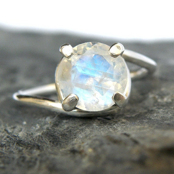 Where To Buy Moonstone Engagement Rings