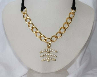 LIQUIDATION Statement gold and black necklace/choker with a fishtail Rhinestones pendant