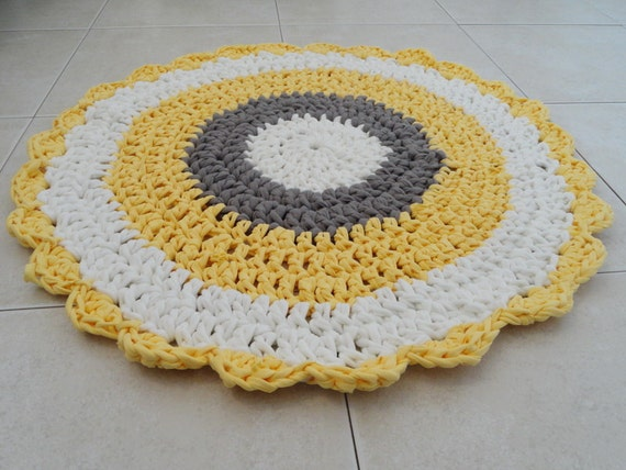 Crochet Rug Small Round Rug Bath Mat Kitchen Rug By SweetnCozy