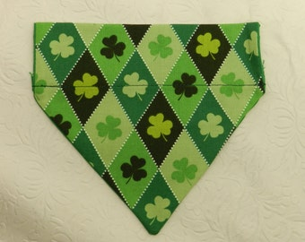 I'm a Lucky Pooch! Four Leaf Clover Irish St Patrick Jacquard Holiday Day Theme! Dog Cat Ferret Reversible 2 in 1 Over the Collar Bandana.