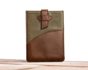 SALE - The Sleeve for iPad Mini 1/2/3 - Olive Chocolate
