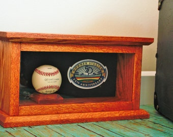 baseball & hockey picture display solid oak with ball or puck holder