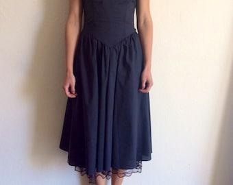 80s VINTAGE///Gothic Lolita Black Corset Dress///size S/M