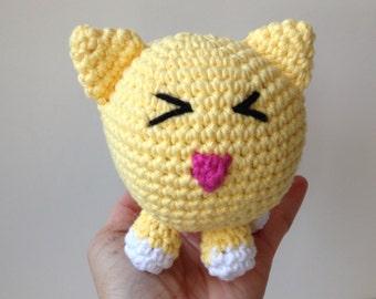 Yellow Crochet Cat Amigurmi Kitty