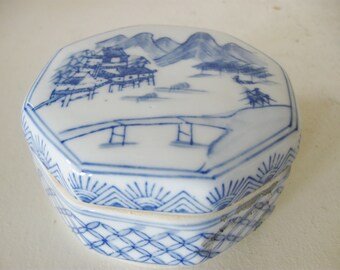 Blue and White Chinoiserie Box, Blue Willow Style Trinket Box,