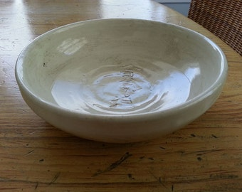 Clear glazed aikido kani engraved bowl with oxide traces