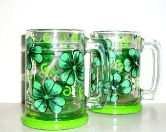Beer Mugs Hand Painted 4 Leaf Clover, Shamrock Set of 2 / 16 oz. Beer Mugs St. Patrick's Day Kelly Green St. Patty's Day St. Paddy's Day
