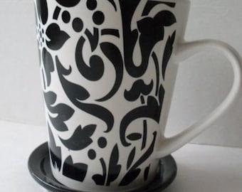 Lovely Black & White Damask Coffee/Tea Mug with Cover  We Ship Internationally