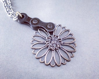 Bicycle chain metal flower pendant bike jewelry, bicycle part jewelry, woman's cycling gift, upcycled bicycle pendant,