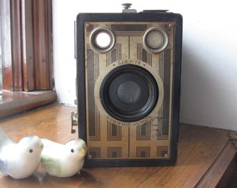Brownie Junior Camera model six 16 / Antique Art Deco Camera