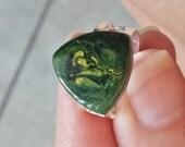 marbled green bakelite ring adjustable band nickel free