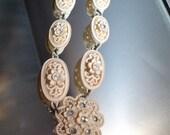 Vintage Wedding Jewelry Featherlite Bubbleite White Celluloid Rare Beauty