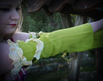 Green fairy sleeves, arm warmers, gauntlets, for fairy costume, May Queen, woodland fairy Festival clothing