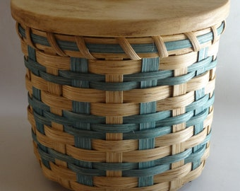 Lidded Toilet Paper Basket- Storage Basket-Canister Basket-Handwoven Basket