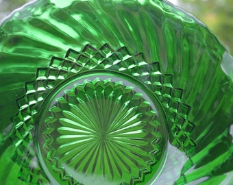 Forest Green Glass Diamond and Swirl Pattern Bowl