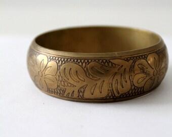 vintage boho floral bangle,  gold tone chunky bracelet