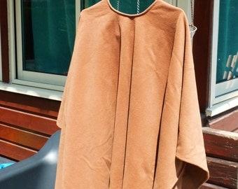 SALE 50% OFF Vintage Caramel Wool Coat - Caramel Brown Cape - Outerwear - Womens Wear - Womens Fashion - Autumn Trends