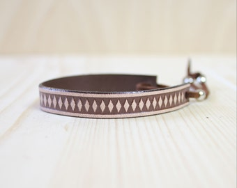 Diamond Pattern Leather Wrap Bracelet(Dark Brown/Tan)