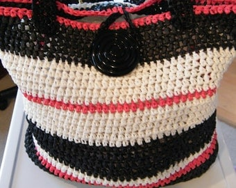 Handbag made from Raffia Yarn. handmade crochet, beach bag, tote,  Black, Red and White colors, ready to ship now.