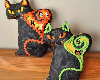 Fraidy Cat Halloween Plush Costume Clubhouse with Lime Trim