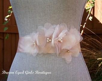 Blush Wedding Sash, Blush Bridal Sash, Blush Wedding Belt, Bridal Belt, Blush Organza Flowers, Vera Wang Inspired