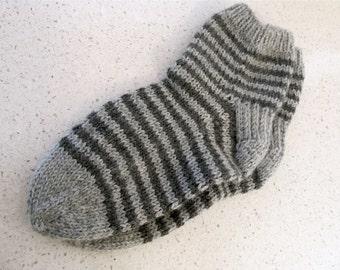 M-L heathered  light & dark gray striped wool lounging socks
