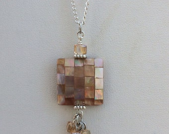 Handmade mother of pearl pendant necklace jewelry champagne