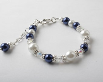 Flower girl bracelet - Junior Bridesmaid bracelet - Navy and white - Wedding pearls and crystals bracelet -  pearl bracelet - Navy wedding