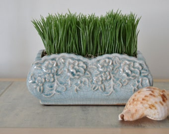BLUE GRASS ARRANGEMENT Powder Blue Crackle Ceramic Cottage Arrangement Modern Grass