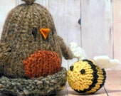 Bird and Bee Toy Nursery Decor, Knit Woodland Nursery, Robin and Bumble Bee, Bird in Nest Toy, Waldorf Soft Bird Toy, Spring Easter