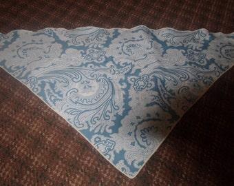 vintage ladies head neck scarf triangle blue white print