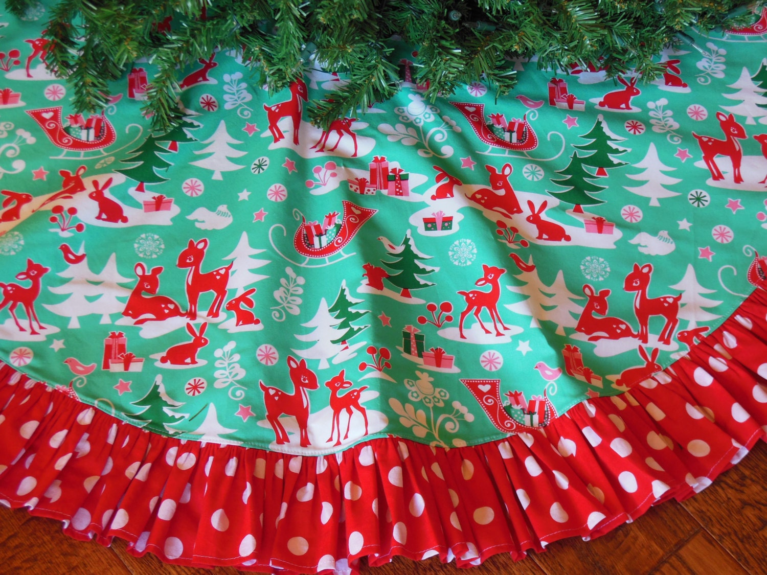 Christmas tree skirt retro whimsical