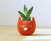 Free Shipping - Personalized planter / Cat head planter / Small succulent pot / Felt succulent planter  / cat lover gift
