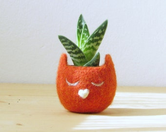 Personalized planter / Cat head planter / Small succulent pot / Felt succulent planter / cat lover gift