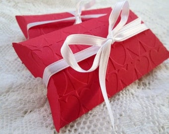 Heart Embossed Pillow Boxes (6)