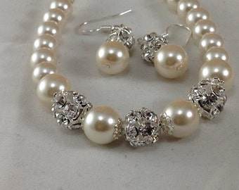 Rhinestone and pearl bracelet and earrings ,bridesmaid jewelry, wedding jewelry,  bridesmaid gift