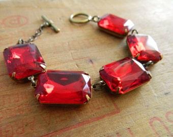 Red Jewel Bracelet, Ruby Red Bracelet, Red Bracelet, Vintage Red Jewelry, Chunky Bracelet, Vintage Rhinestone Bracelet, Art Deco Jewelry