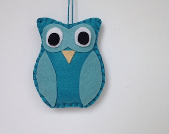 Mini owl woodland ornament in charcoal and light grey