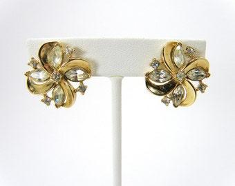 Signed Vintage Crown Trifari Pat Pend Goldtone & Clear Rhinestone Clip On Earrings