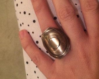 Tribal gold ring