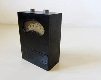 Vintage Bakelite Instrument For Measurement