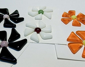 Glass Flowers For Mosaics, Jewelry, Magnets or other Embellishments 6 Flowers  (P229)