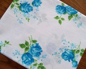 Vintage sheet fat quarter - blue roses
