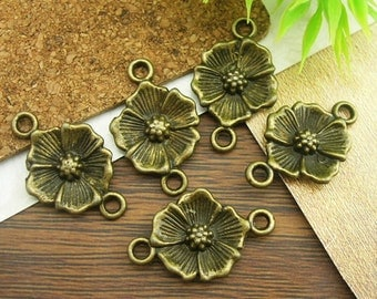 10Pcs Antiqued Vintage Bronze Flower Charms / Pendant 15x25mm
