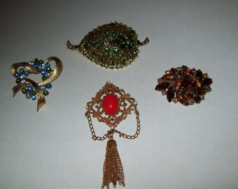 Vintage Rhinstone Brooches Lot of 4
