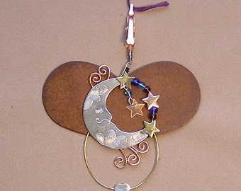 Puffin and Company Thread and Yarn Separator in a Variety of Styles-Moon, Dragonfly, Puppy & Kitty, Owl